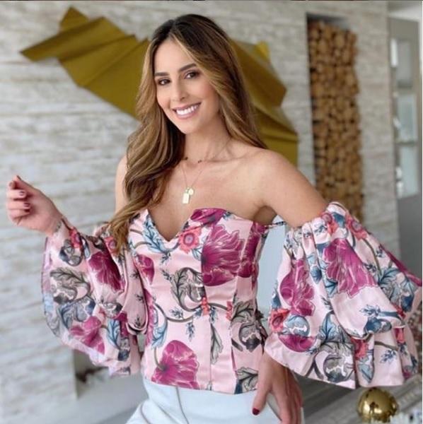 Mangas Abombadas, una tendencia llamativa y muy romántica , blusa