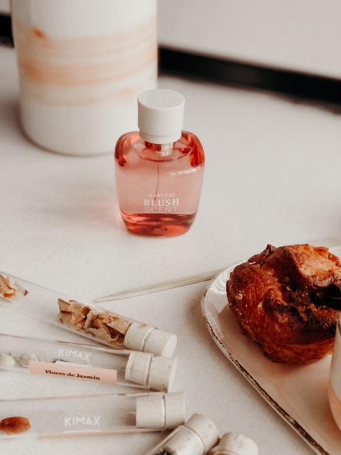 Experimentar está permitido, imagen de la fragancia Blush Scent® de Mary Kay